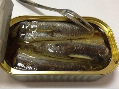 Canned Sardine Fish in vegetable oil, in salt water Fbrine in sunflower oil